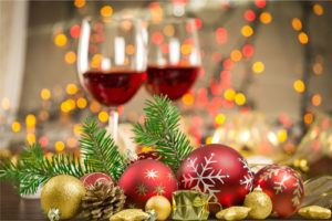 Christmas Setups.Three Important Safety Tips For Hanging Outdoor Christmas